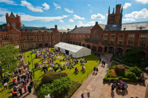 QUB-graduation_garden_party